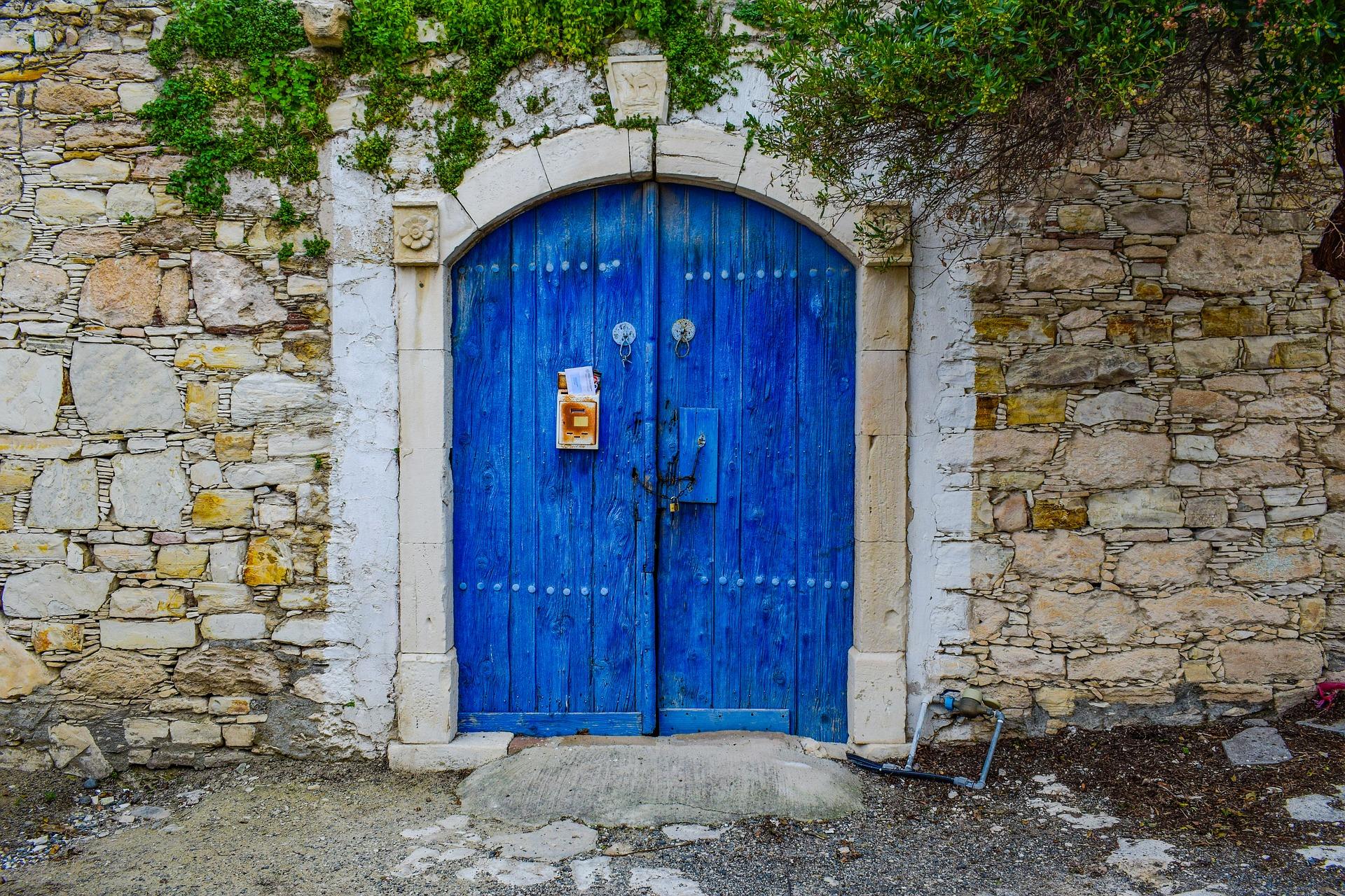 С 1 ноября Кипр отменил программу гражданства в обмен на инвестиции